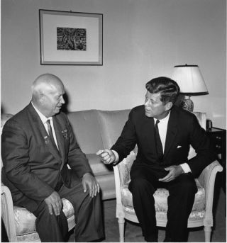 Soviet leader Khruschev and Kennedy
