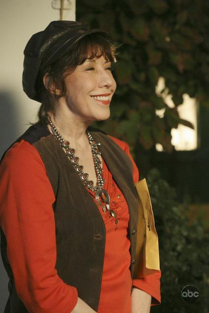 Lily Tomlin Guest Stars On Desperate Housewives #4317