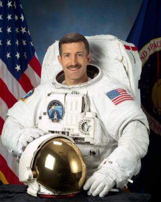 Astronaut Biography: Daniel Burbank