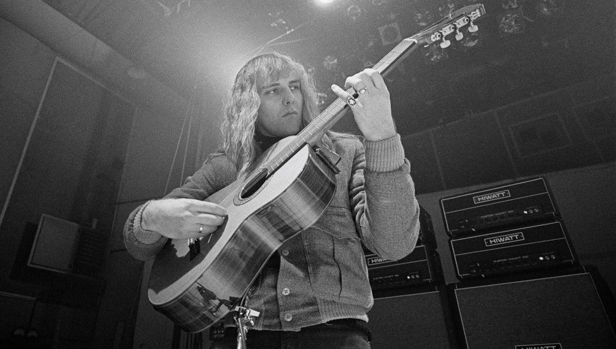 Channel Your Inner Lifeson, Howe, and Hackett with this Primer on Acoustic Prog