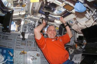 U.S. Astronaut Readapts to Life on Earth