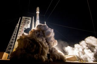 A United Launch Alliance Atlas V rocket launches the advanced new GOES-R weather satellite into orbit from Space Launch Complex 41 at Cape Canaveral Air Force Station, Florida on Nov. 19, 2016.