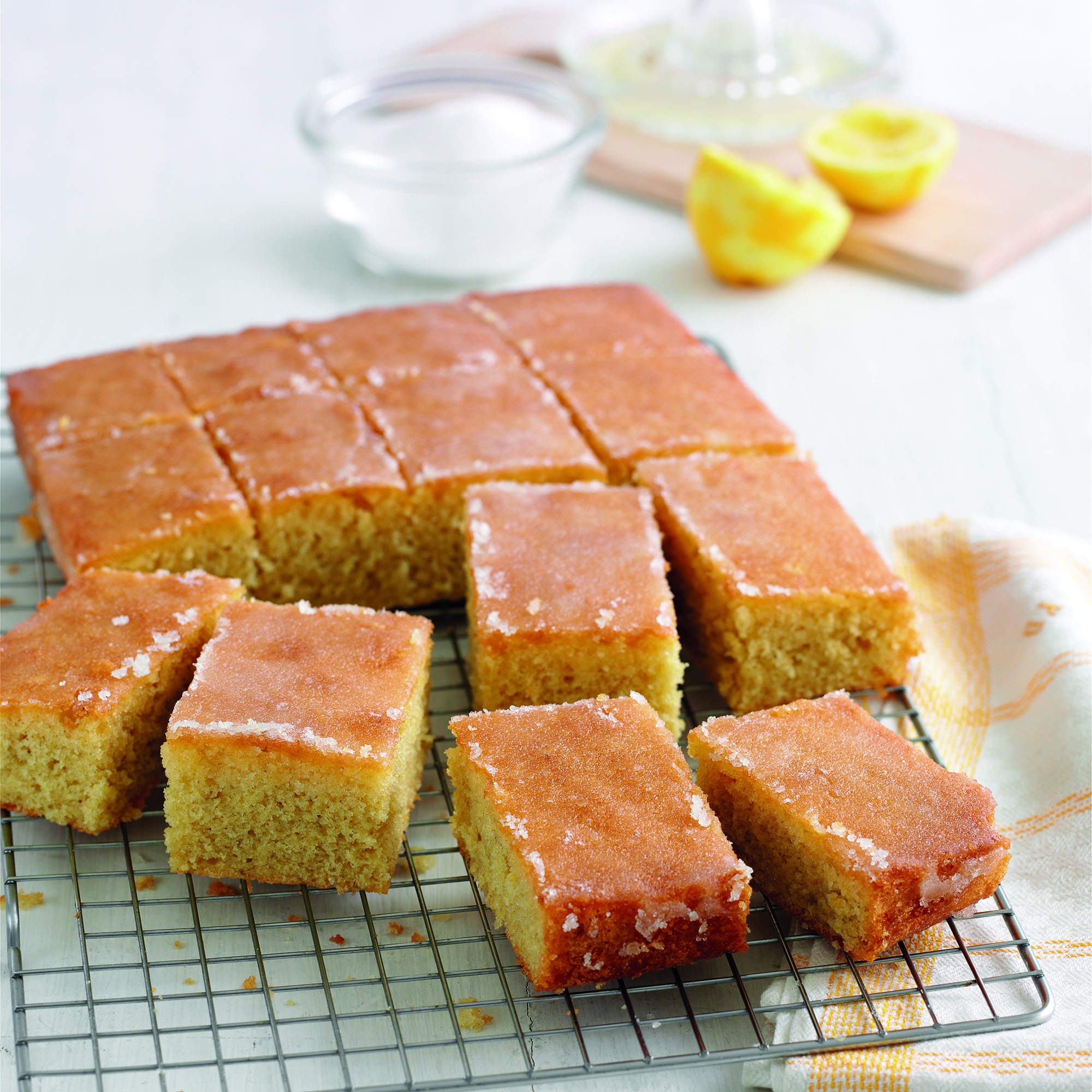 Easy Lemon Drizzle Tray Bake Cake