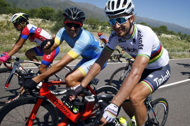 Roderik Asconeguy and Peter Sagan looking relaxed during Stage 5 of the 2016 Tour de San Luis