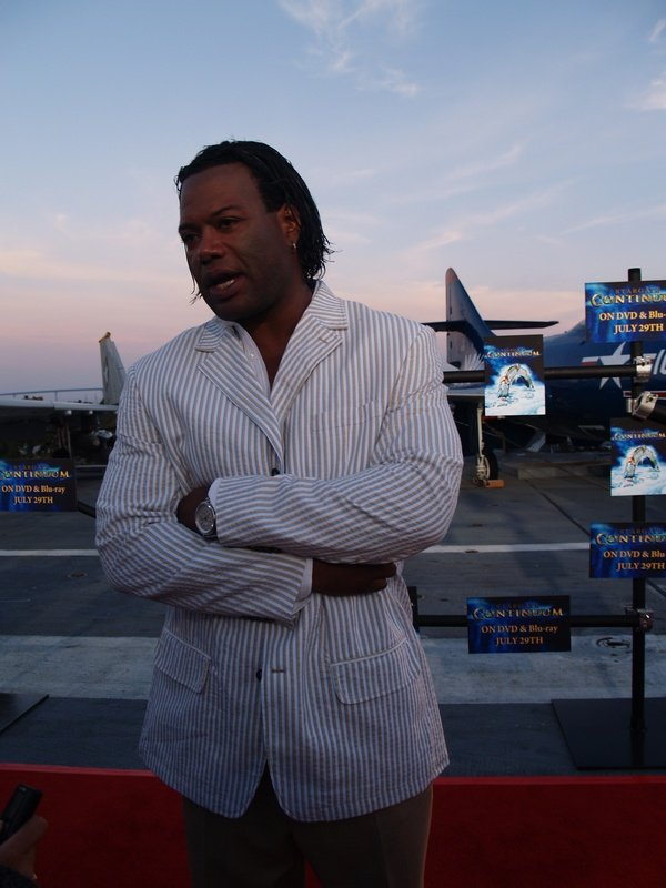 Comic Con: Aircraft Carrier Premiere Of Stargate Continuum #2854