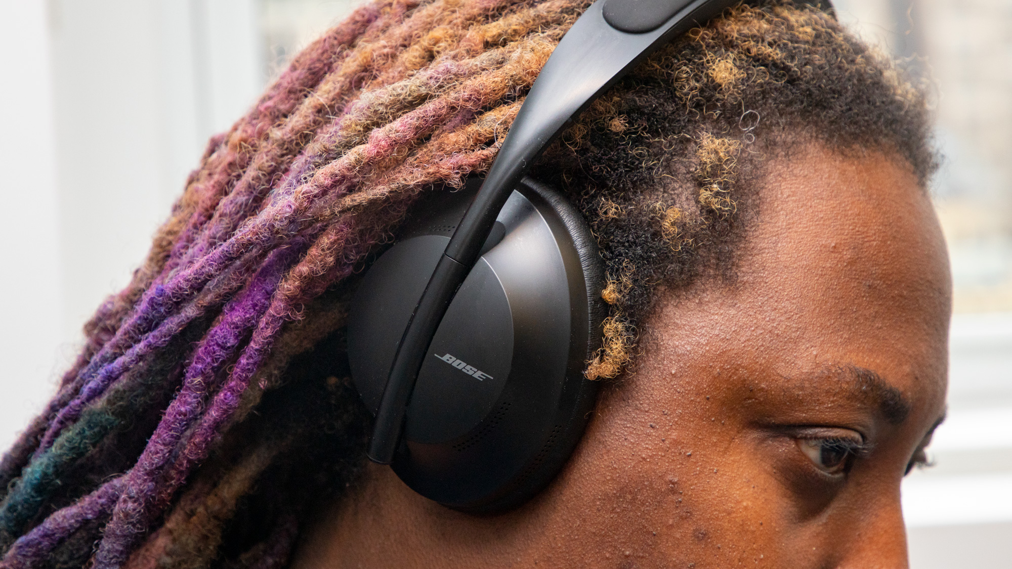 Bose 700 Review: The New Noise-Cancelling King | Tom's Guide
