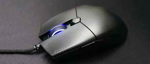 Corsair Katar Pro XT on mousepad with scroll wheel RGB