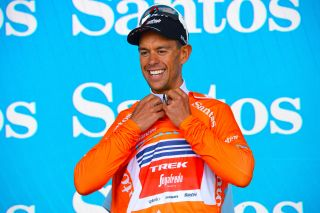 Richie Porte in the ochre leader's jersey