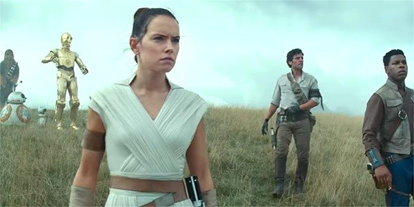The group together in The Rise of Skywalker