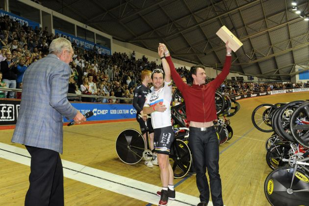 Mark Cavendish and Rob Hayles, Revolution 34, November 19 2011