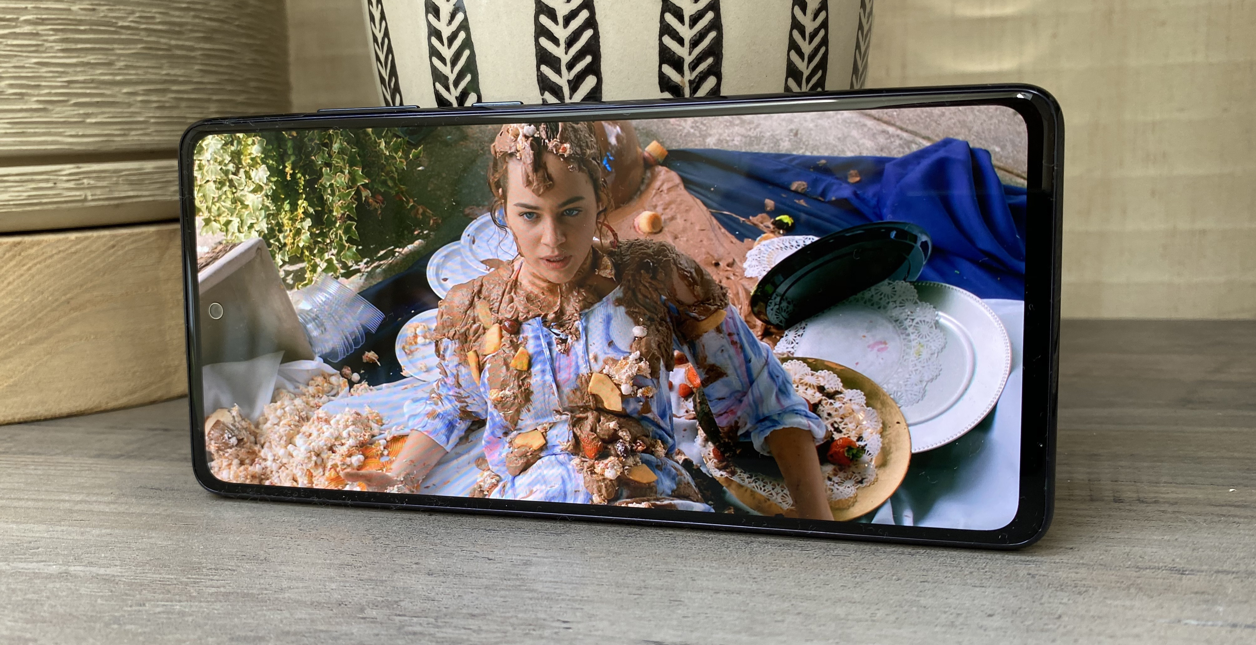 Samsung Galaxy S20 FE review display