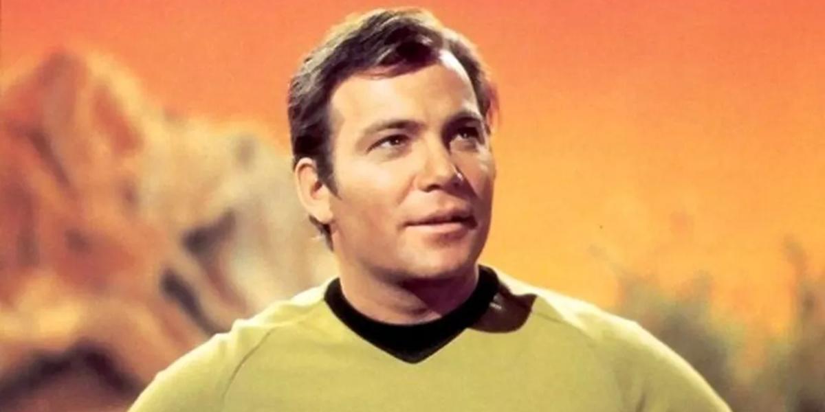 Star Trek William Shatner Captain James Tiberius Kirk CBS