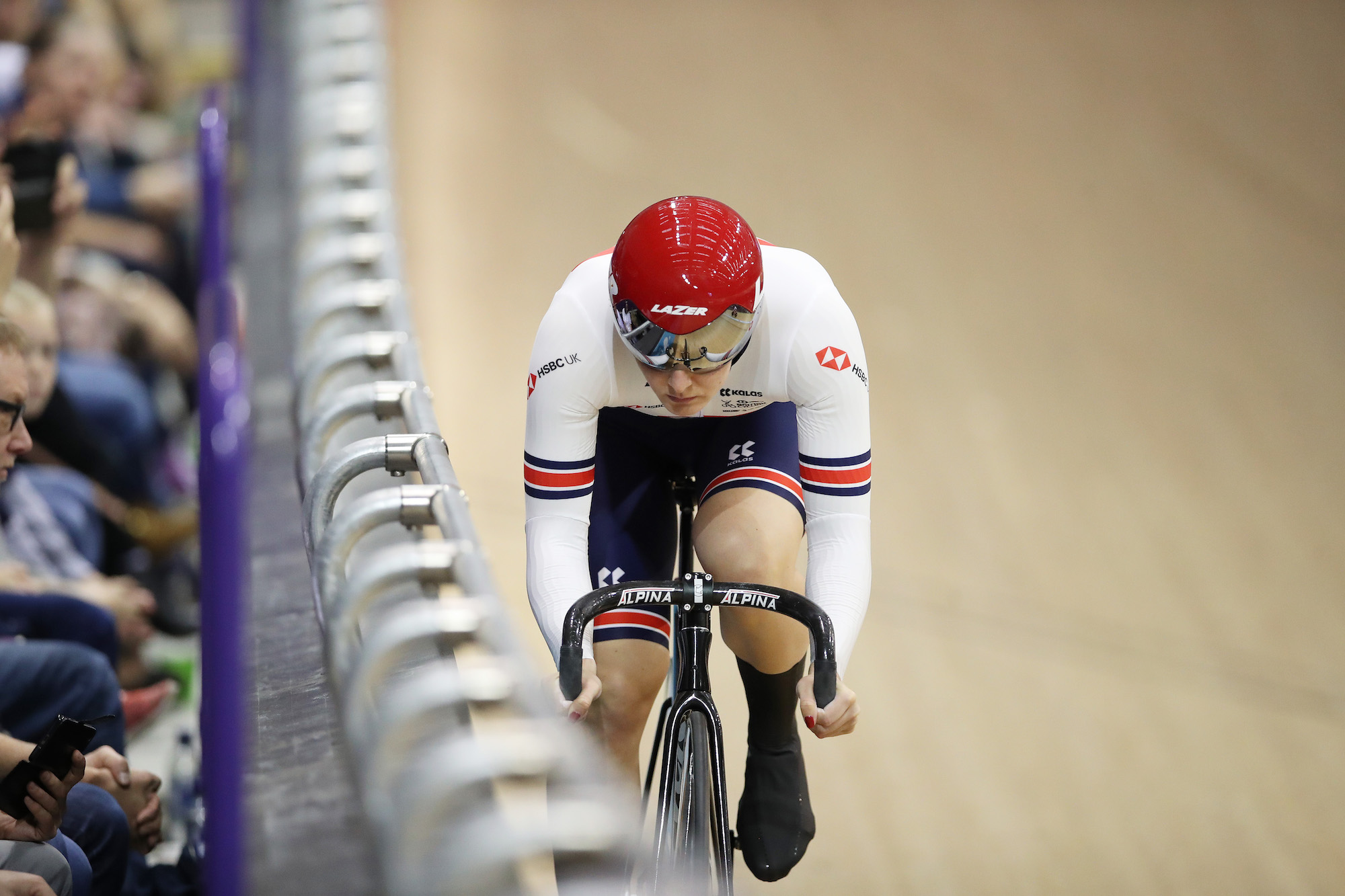 Katy Marchant snatches gold in Women's Keirin at Glasgow Track World Cup