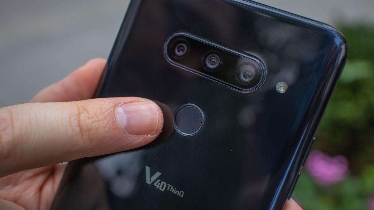 LG V40 ThinQ vs Galaxy Note 9 | TechRadar