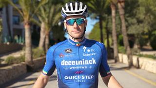 Sam Bennett shows of the 2021 Deceuninck-QuickStep race colours