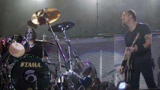 James Hetfield and Joey Jordison onstage