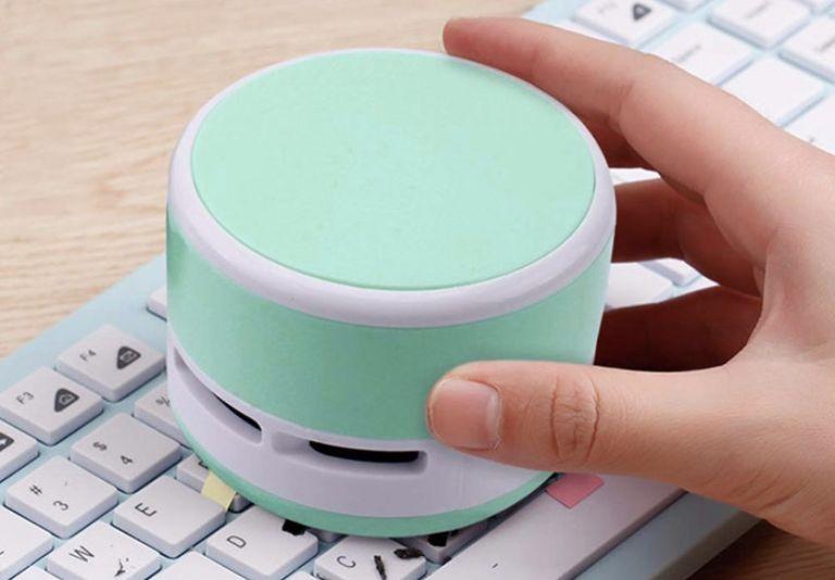EEEKIT mini desk vacuum cleaner