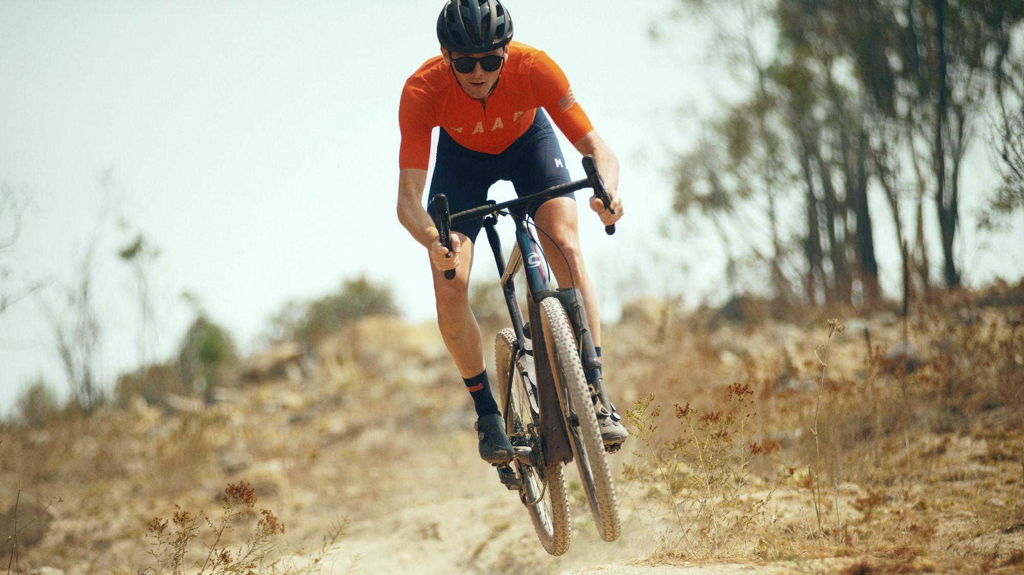 Cannondale's Topstone Lefty is a gravel bike with air-suspension