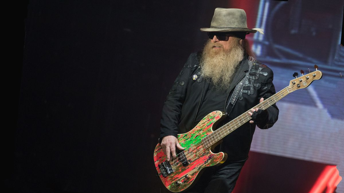 """ZZ Top bassist Dusty Hill dies aged 72: """"We will forever be connected to that 'Blues Shuffle in C'"""""""