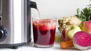 Centrifugal juicers vs cold press juicers: which should you buy and why?