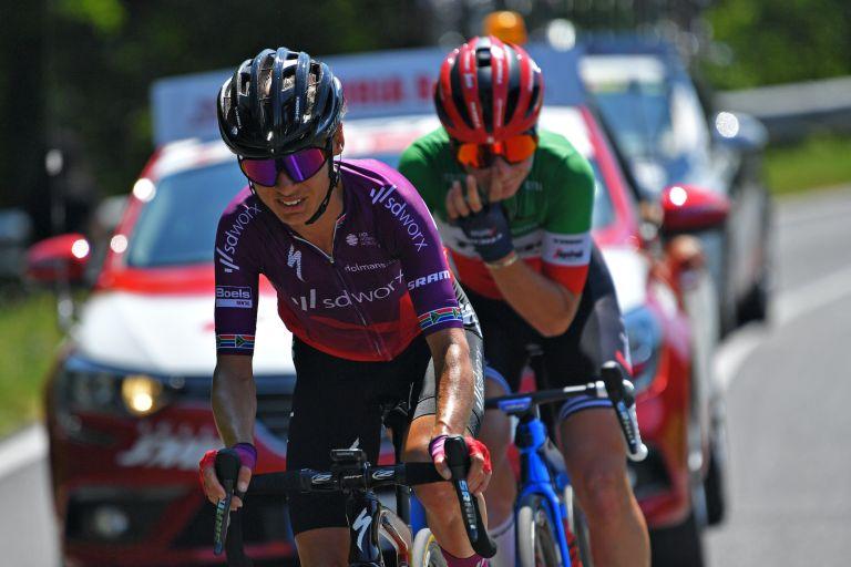 Ashleigh Moolman-Pasio on stage nine of the 2021 Giro Donne