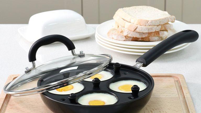 ProCook Gourmet Non-Stick 4 Egg Poacher