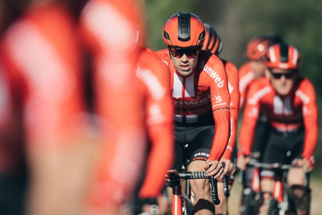 Team Sunweb reveal 2019 kit with a sharp new red look - Cycling Weekly 617b0f058