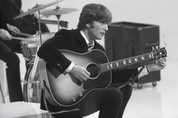 Exploring John Lennon's Acoustic Guitar Technique with the Beatles | Guitarworld