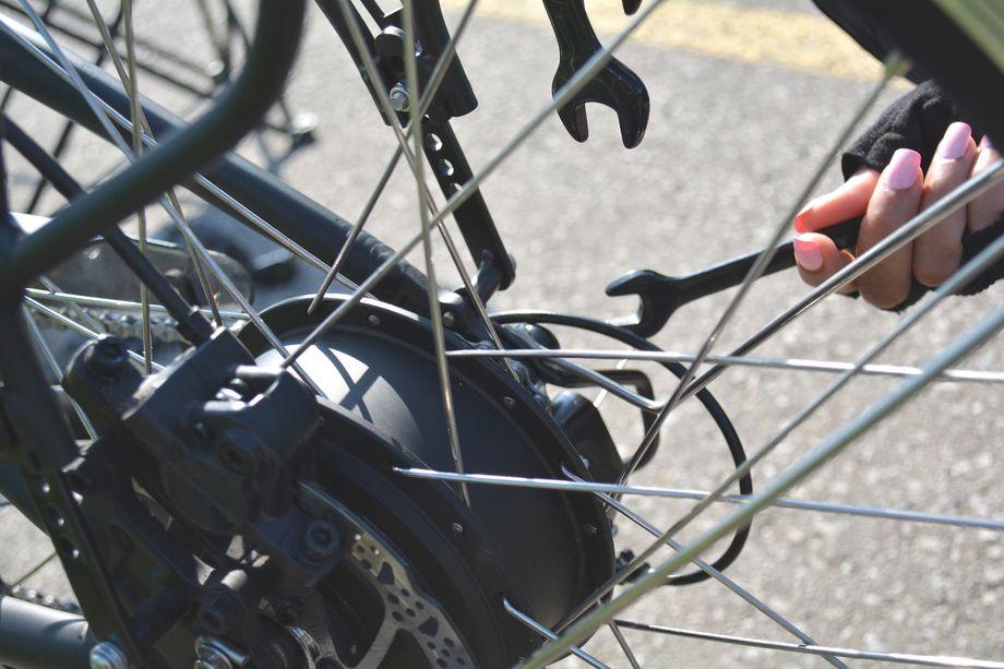 e-bike repair and maintenance