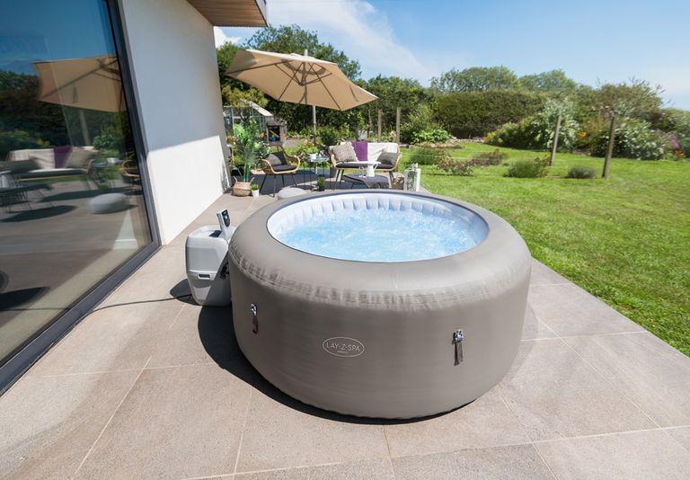 Lay-Z-Spa Barbados hot tub
