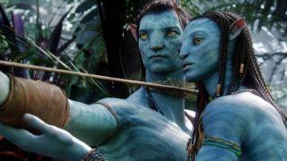 Avatar - Jake Sully (Sam Worthington), in his avatar form, learns the ways of the Na'vi from Neytiri (Zoe Saldana)