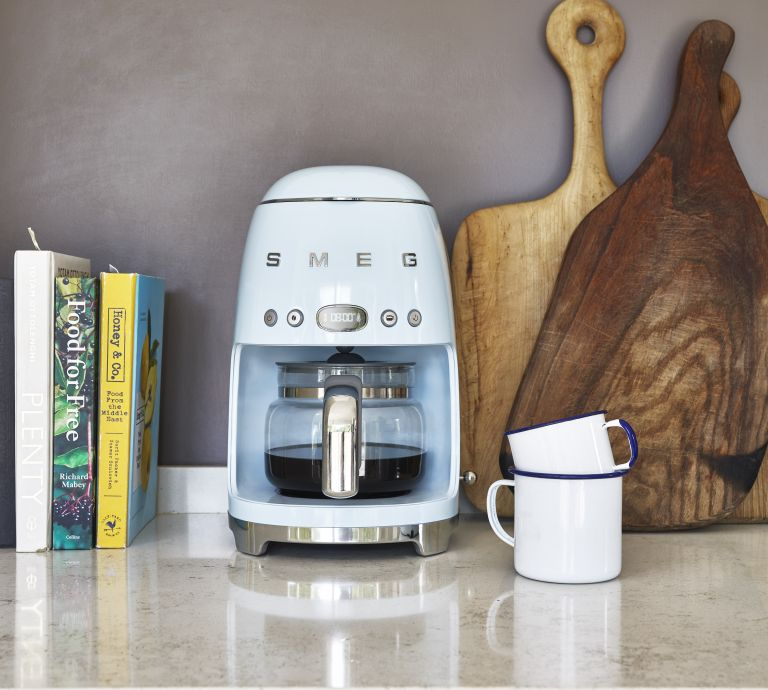 best coffee machine: smeg coffee machine review