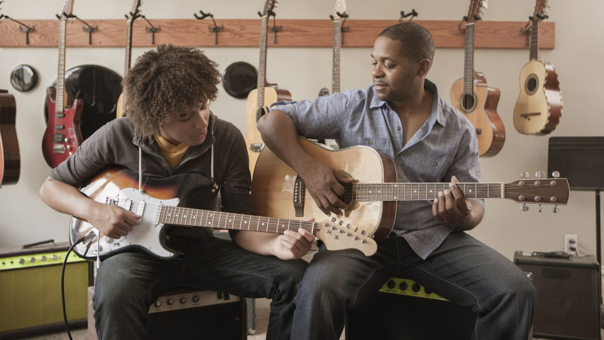 Guitar accessories and gear essentials for beginner guitarists