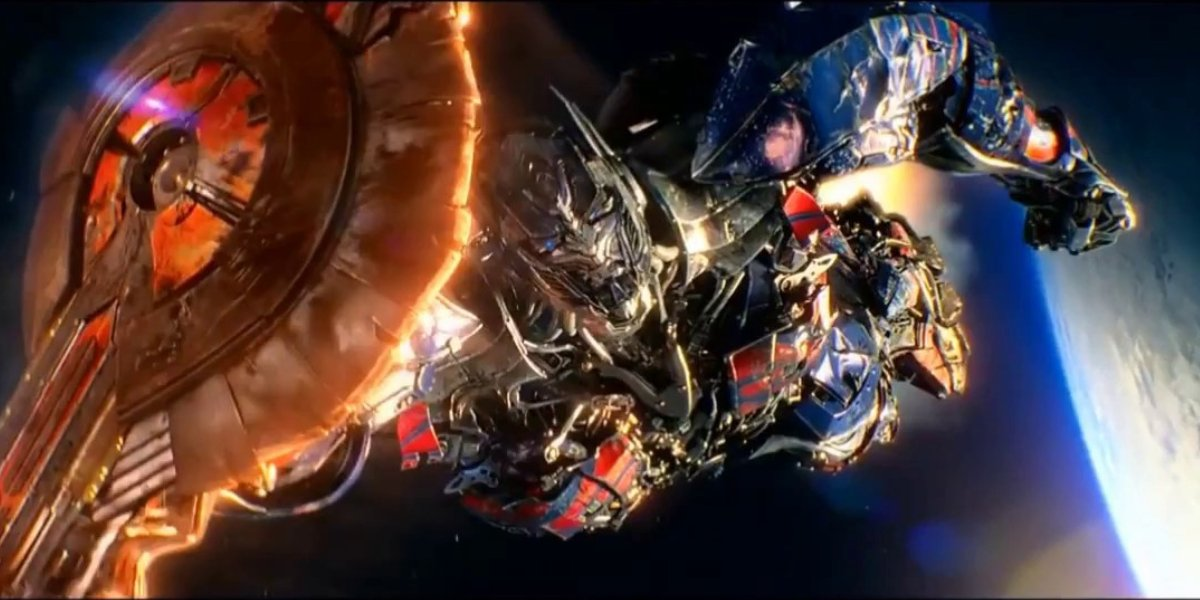 Optimus Prime flies through outer space in Transformers: The Last Knight