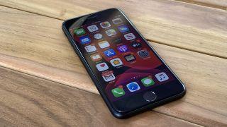 iPhone SE 3: iPhone SE 2020