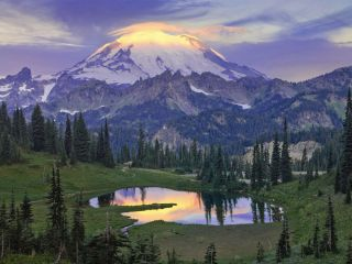 Mount Rainier at sunrise