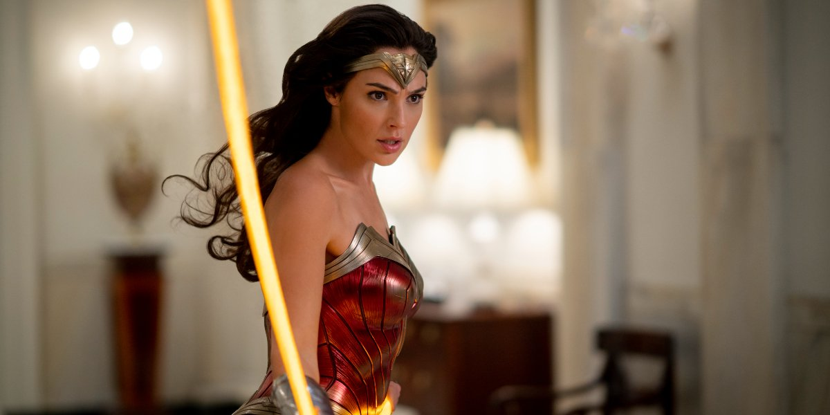 Gal Gadot wields the lasso of truth in the White House in Wonder Woman 1984.