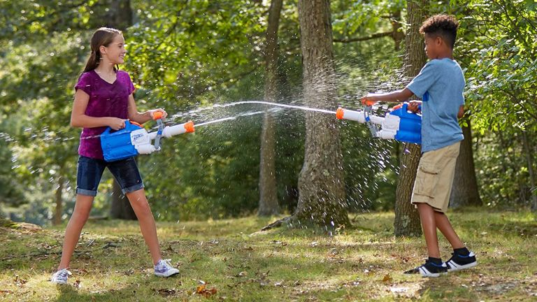 Best water guns 2021 best super soakers