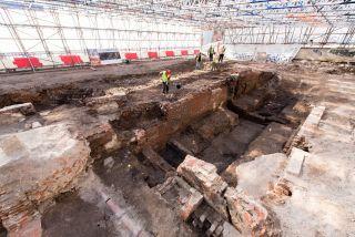 curtain-theatre-excavations-mola