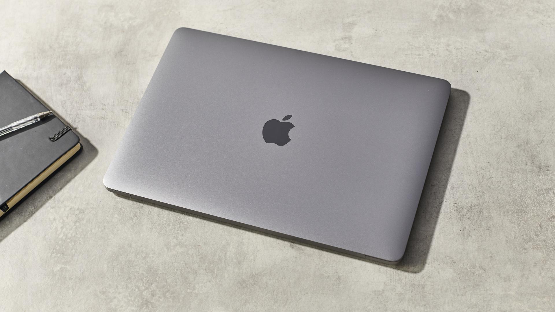 Apple MacBook Pro 13-inch (M1, 2020)