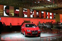 Barco LED Powers Paris Auto Show
