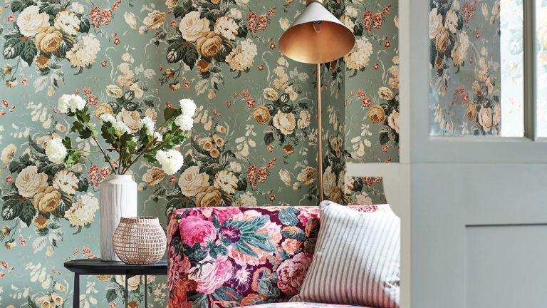 Botanical wallpaper trend