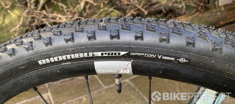 Specialized Rhombus Pro tire