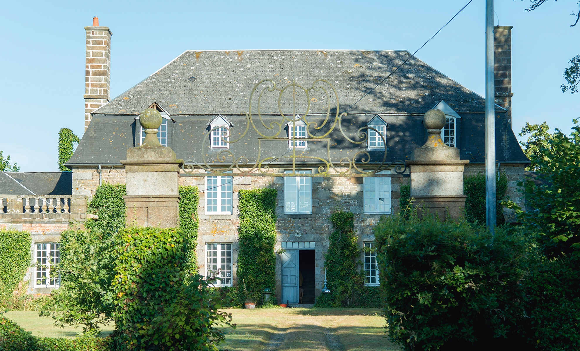 Real Home A Remote 18th Century French Chateau Real Homes