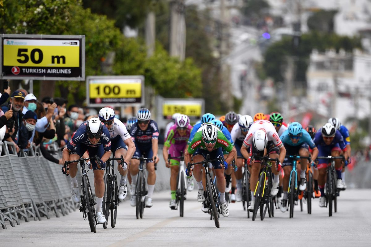 Tour of Turkey: Philipsen beats Greipel and Cavendish in Turgutreis