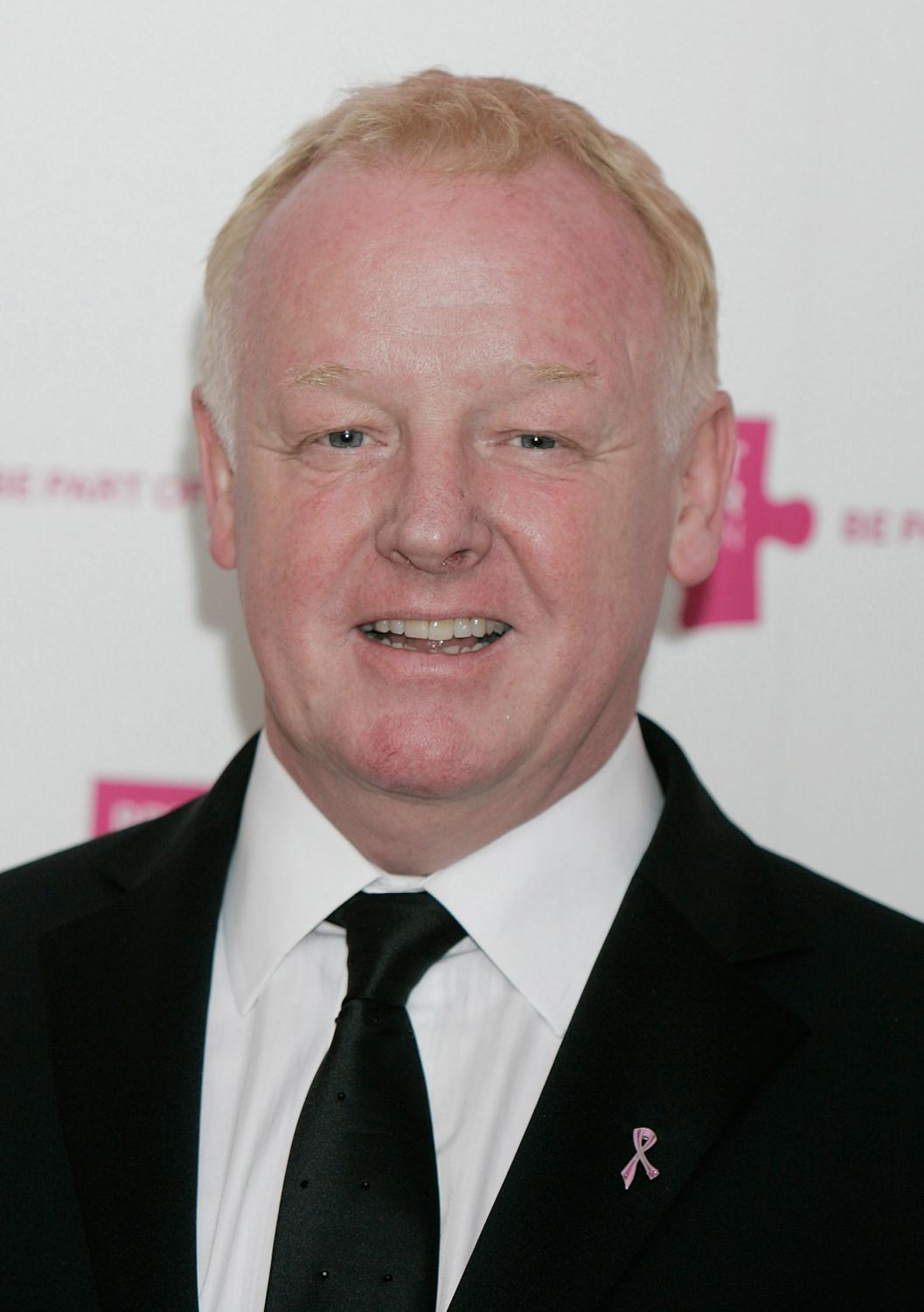 Les Dennis's Home Video Heroes TV Guide from RadioTimes