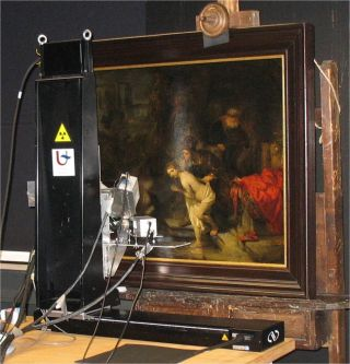 Rembrandt painting with X-ray scanner