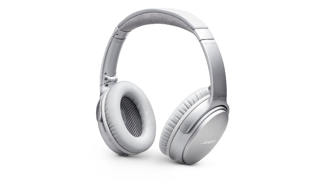 the Bose QuietComfort 35 II noise cancelling headphones in silver