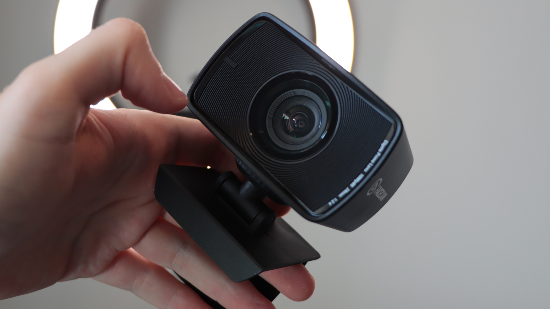 Elgato Facecam with ring light