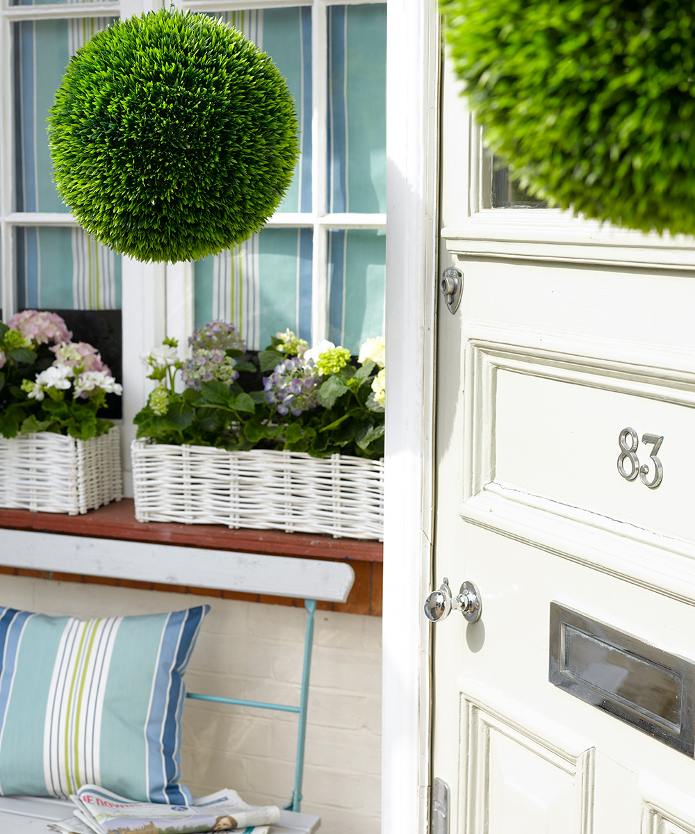 These outdoor plants can increase your chance of a house sale